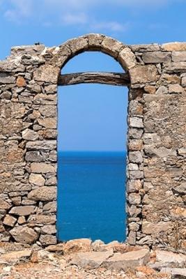 doorway looking to ocean